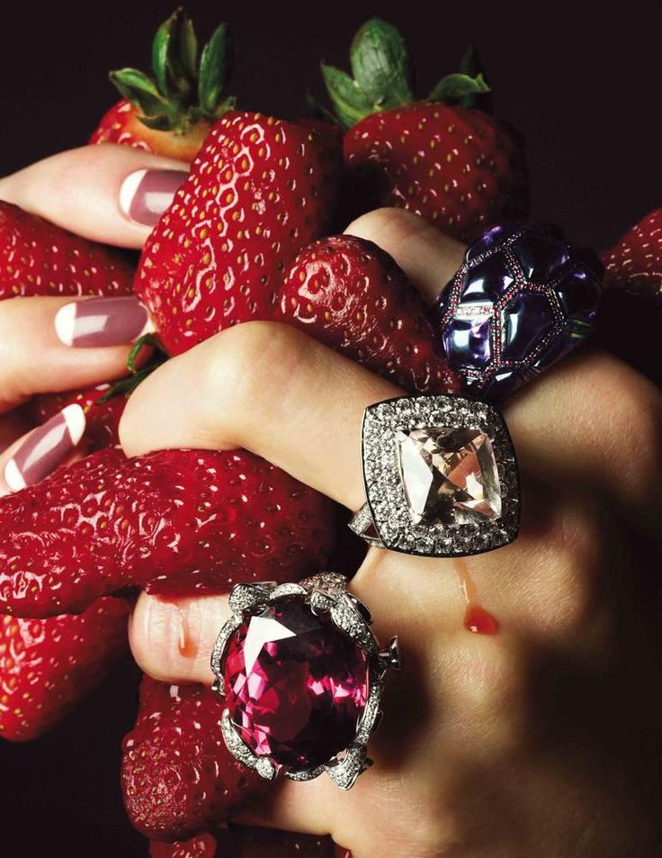 strawberry accessories